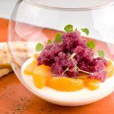 Spekulatius-Pannacotta mit Glühwein-Granité auf Gewürz-Mandarinen