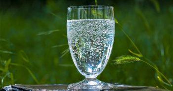 Das richtige Glas für Mineralwasser